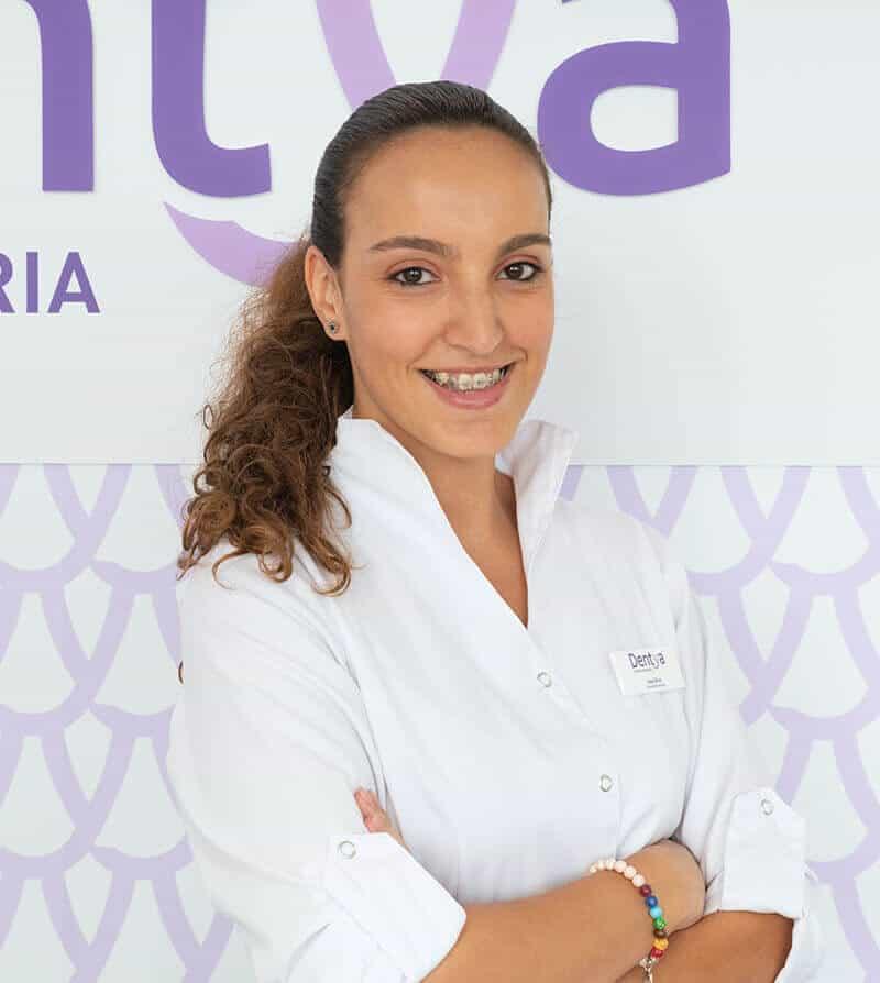 Ana Ferreira, rececionsta da Dentya