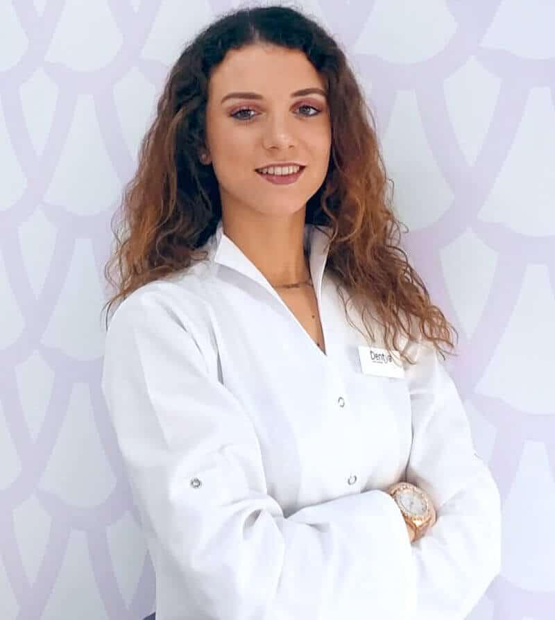 rececionista Sandra Ferreira