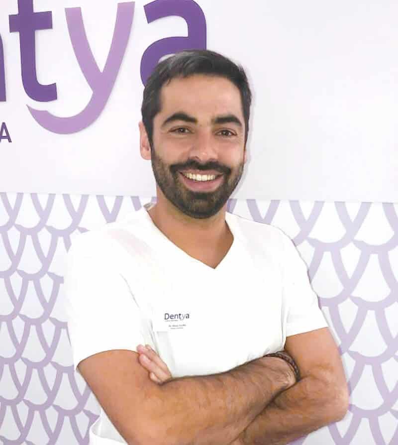 Doutor Nuno Cunha, médico dentista da Dentya
